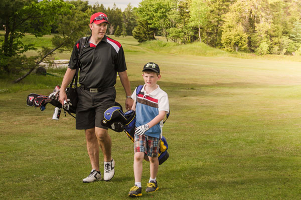 Christina Lake Motel and RV Park - Things To Do In Christina Lake - Father and Son Golfing