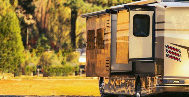 Christina Lake Motel and RV Park - Christina Lake Accommodation - RV in Camping Spot