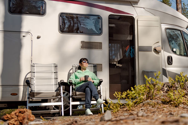 Christina Lake Motel and RV Park - Christina Lake RV Park - Woman Camping